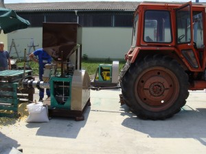 traktorhajtású extruder