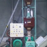 Monex 45 extruder betároló csőcsigával, beépített darálóval